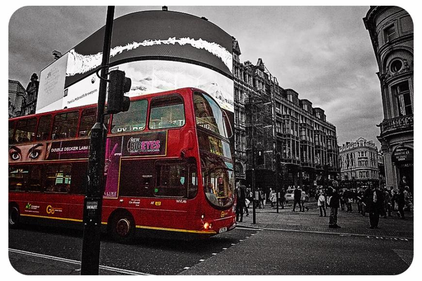 LondonpiccadillybwredbusFB